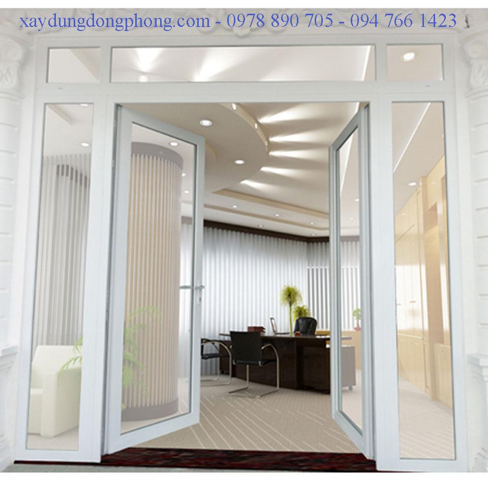Cùng với nguyên liệu chất lượng, bộ phận lắp đặt cửa Đông Phong cũng góp phần làm cho sản phẩm hoàn hảo hơn
